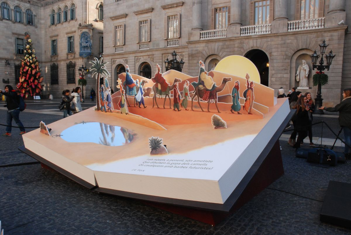 Imagen del Belén de la Plaza Sant Jaume Navidad 2015. Libros de cuento